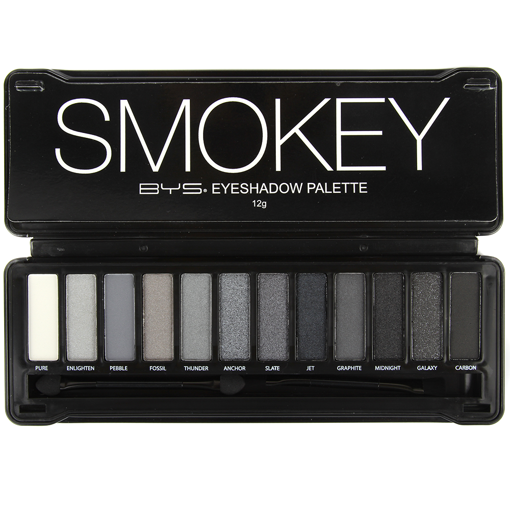 Palette Make-up Artist Smokey face