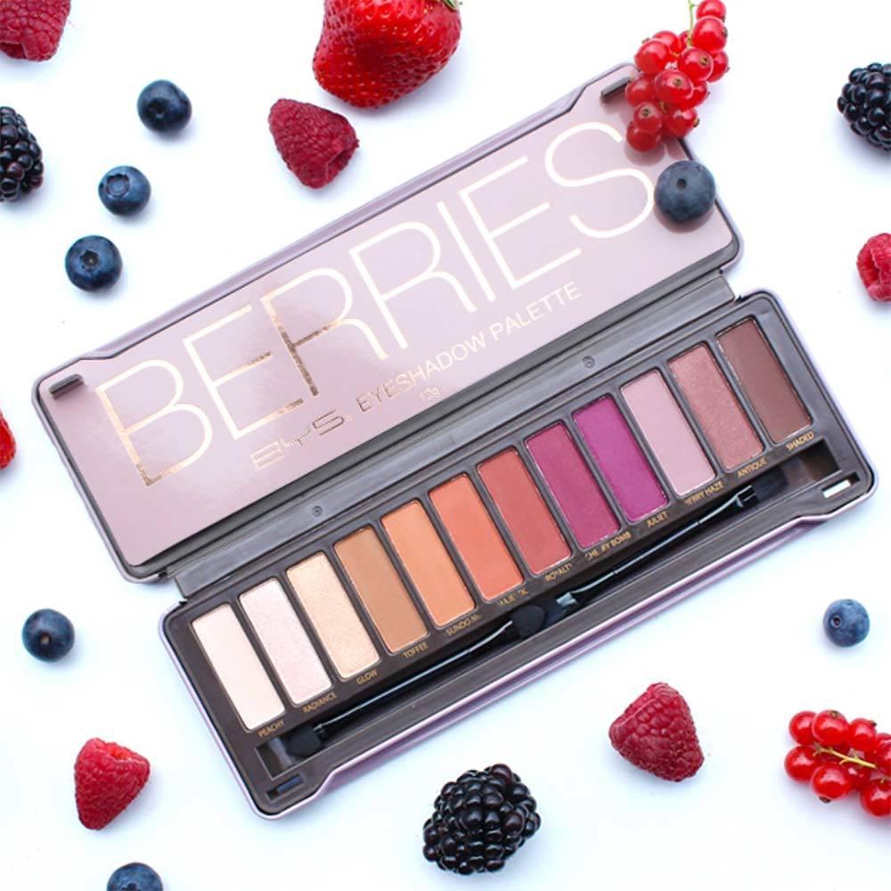 """Résultat de recherche d'images pour """"Palette Make-Up Artist Berries"""""""